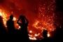 Orman yangını Zeytinköy'ü sardı, köylüler evlerini terketti