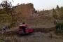Akaryakıt tankeri şarampole uçtu, sürücüsü hayatını kaybetti