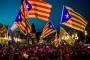 Katalanlar seçim merkezlerini işgal etti