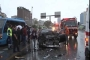 Bostancı'da otomobil yolcu otobüsüne çarptı: 2 yaralı
