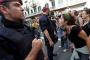 Katalonya'da oteller İspanyol polislerini attı