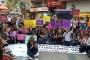 İzmir'de kadınlar müftülük yasasına karşı sokağa çıktı