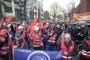 Siemens çalışanları Berlin'de protesto gösterisi yaptı