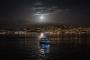 'Süper Ay' geceyi aydınlattı