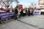Dikili'de kadınlar tacize karşı sokaktaydı