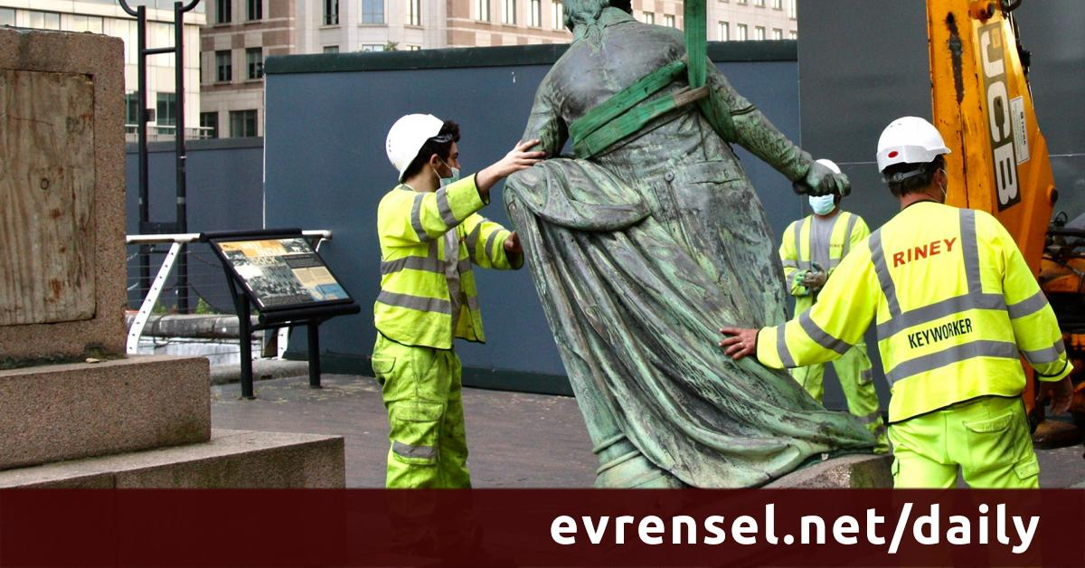 """To be able to breathe: What does the """"statue destruction"""" show us? - Evrensel Daily"""
